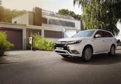 Mitsubishi präsentiert Outlander Plug-in Hybrid auf Camp Roadshow